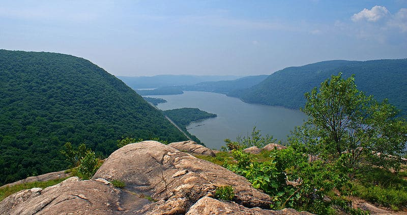 New York's Finest Hiking Spots: Breakneck Ridge